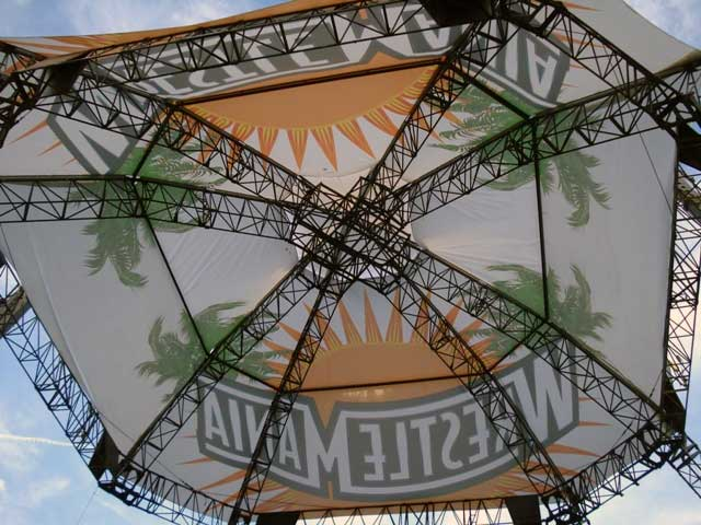Steel-Details-Wrestlemania-Spider-Grid-steel-fabrication-engineers-architects