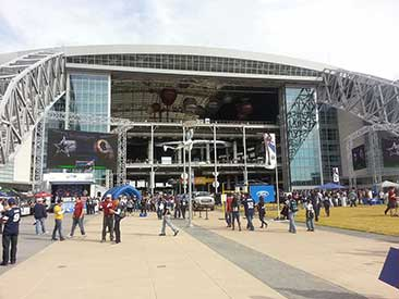 Steel-Details-Dallas-Cowboys-Stadium-Exterior-Video-Towers-steel-fabrication-engineers-architects